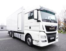 MAN refrigerated truck TGX 26.460 XLX , E6 , 6X2 , 19 EPAL , side door , partition wall